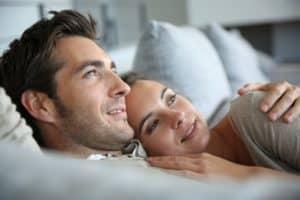 Trænger brudeparret til en ny dobbeltseng, så giv et tilskud i bryllupsgave