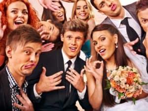 Read more about the article 7 gaveideer, der helt sikkert vil bringe brudeparret glæde